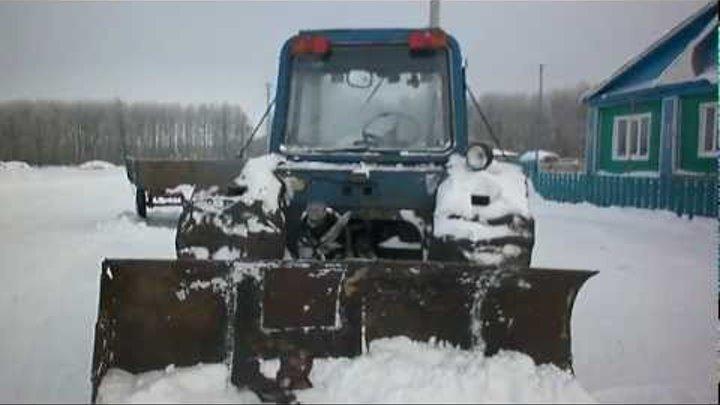 Клин на трактор