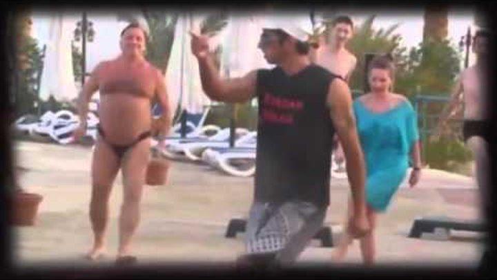 goliy-muzhik-tantsuet-ulibaysya-video