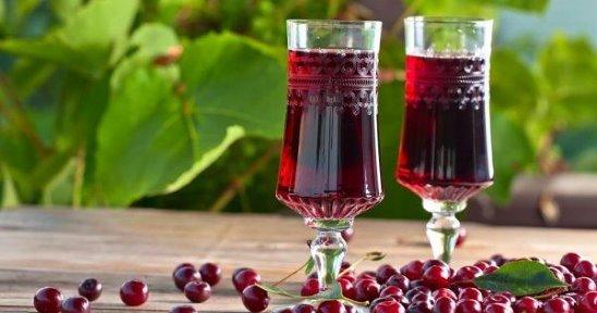 В домашних условиях вино вишневое