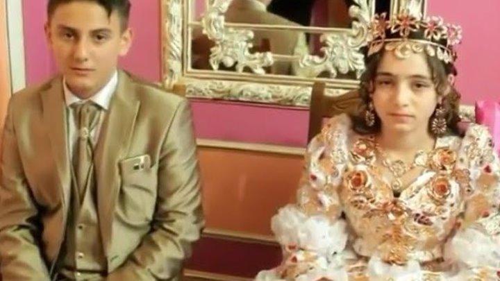 Цыганская богатая свадьба! Фата и платье из золота.