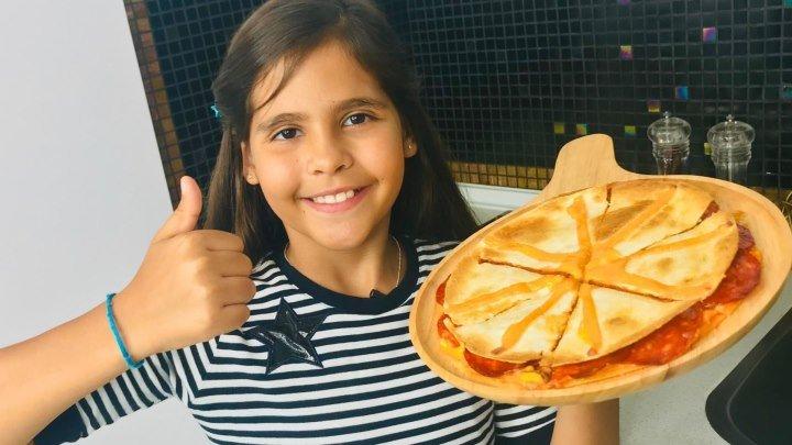 Пицца пятиминутка, простой рецепт.