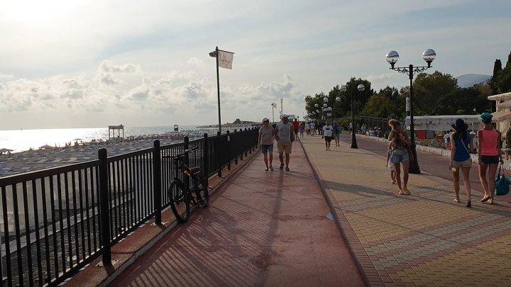 Прогулка возле Моря. Очень красиво! Сочи. Адлер. Имеретинская набережная