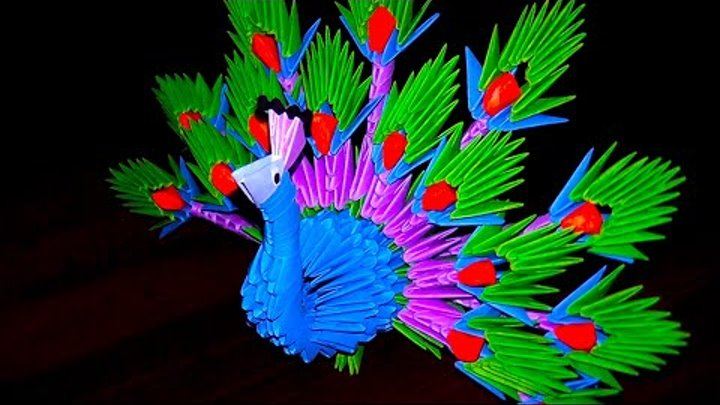 3D origami peacock | I used 448 modules.It looks difficult b… | Flickr | 405x720