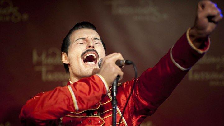Queen - The Show Must Go On. Последняя песня Фредди Меркьюри (русские субтитры)