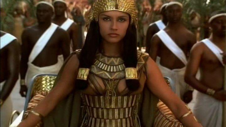 """""""Клеопатра"""" (В ролях: Леонор Варела) / Cleopatra (1999)"""
