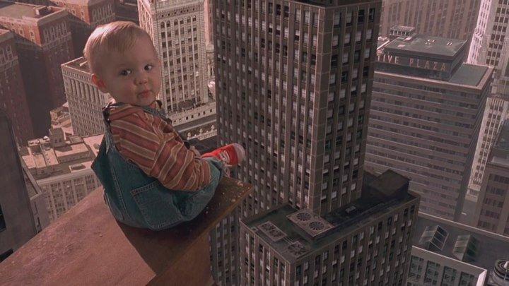 Младенец на Прогулке. Ползком от Гангстеров. 1994. (перевод А.Гаврилов) 720p.WEB-DLrip