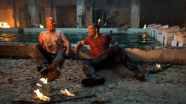 Крепкий орешек Хороший день, чтобы умереть (2013)(боевик, триллер)(Брюс Уиллис)(BDRip-AVC)(1.43Gb)