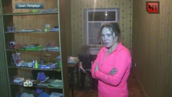 Видеокамеры сняли издевательства матери-изверга над сыном