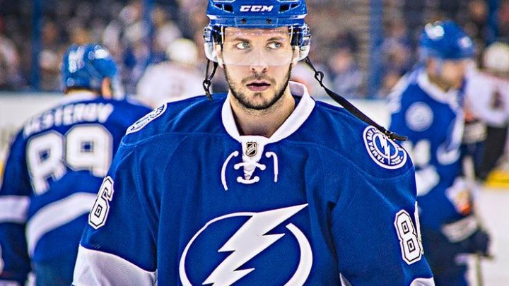 Никита Кучеров делает второй дубль подряд. 11.12.2015.NHL 15-16.