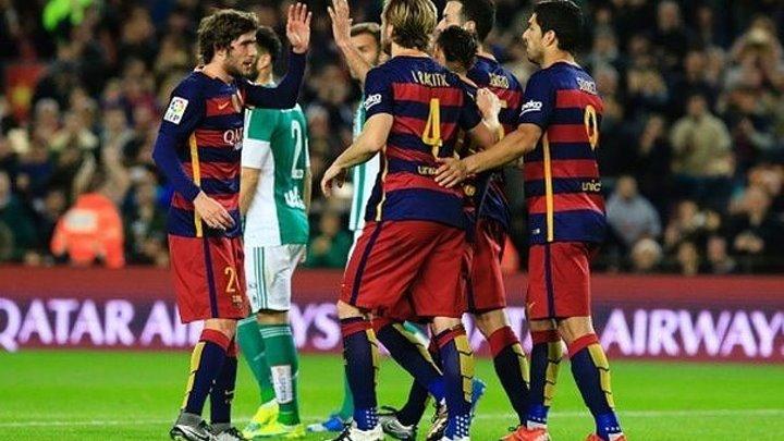 Барселона - Бетис 4-0. Обзор матча. 30.12.2015 .