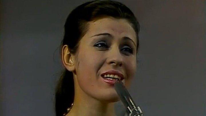 Валентина Толкунова.Стою на полустаночке
