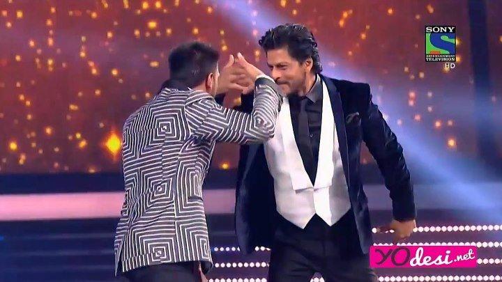 Filmfare Awards 2016. Танцы и шутки от Ранвира Сингха. (Русские субтитры)