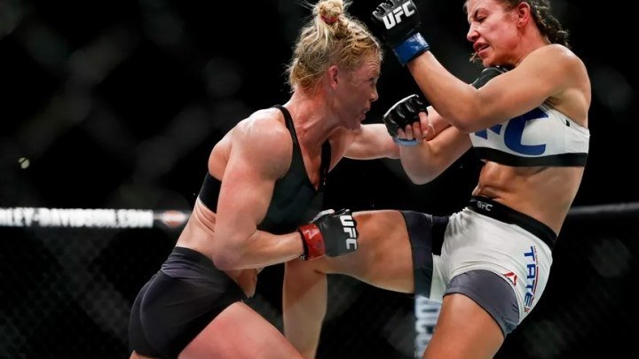Миша Тэйт - Холли Холм (05.03.2016) UFC 196 Holly Holm vs. Miesha Tate