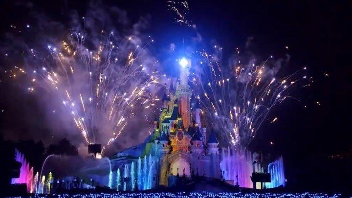 Фейерверк эмоций в парке Disneyland Париж!