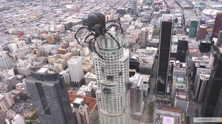 Мегапаук / Большая задница / Big Ass Spider [2013, фантастика, комедия, BDRip 720p]