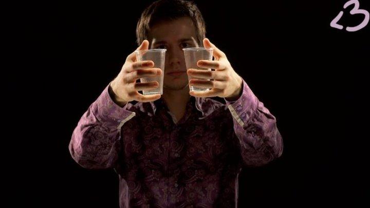 Секреты фокусов: Магический стаканчик