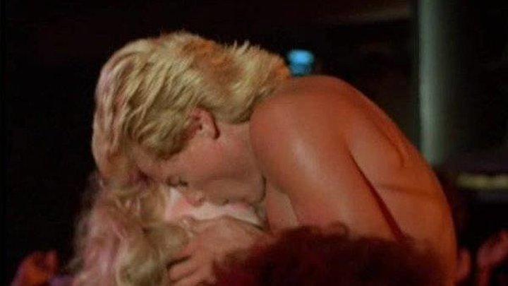 Настоящий мужик гуляка (16+) / The Party Animal (1984)