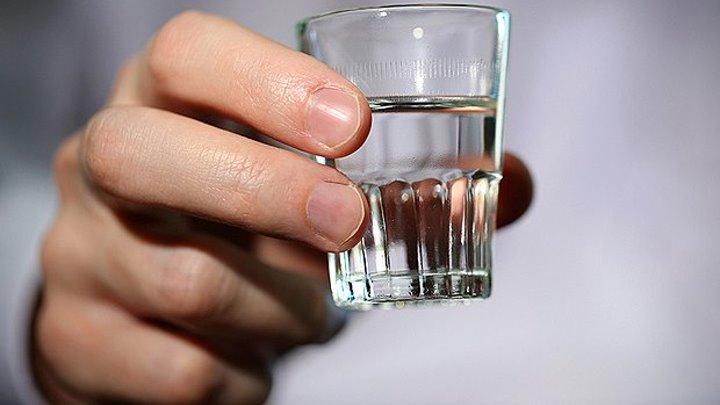 Суррогат вернулся в Россию. Поступают пациенты с острым алкогольным отравлением