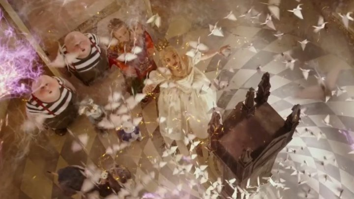 """Ваш час пробил! Смотрите финальный трейлер к новому фантастическому фильму Disney """"Алиса в Зазеркалье""""! В кино с 26 мая."""
