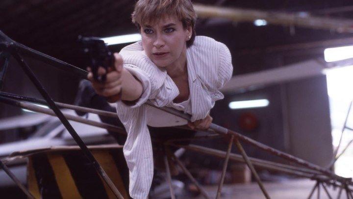 Над законом 2: Ярость блондинки (1989) боевик