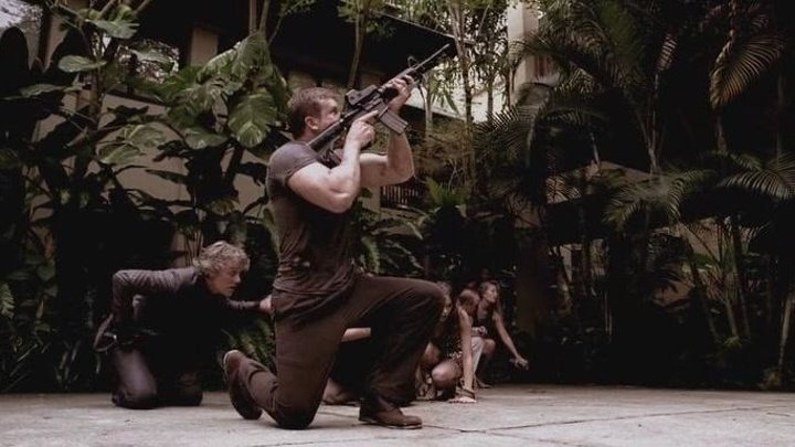 Морской пехотинец 2 (2009) смотреть онлайн (боевик, триллер, драма)