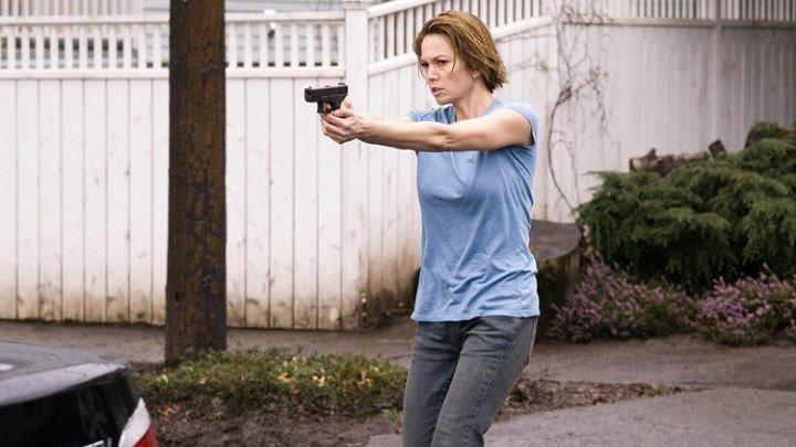 Не оставляющий следа (2008) триллер
