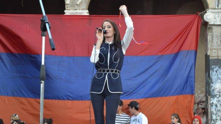 Monika Kurkchyan «hay qajer»