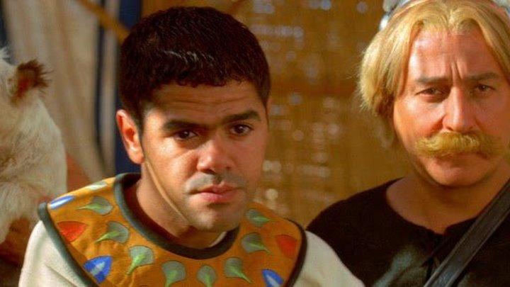 Астерикс и Обеликс: Миссия Клеопатра (2001) смотреть онлайн (фэнтези, комедия, приключения, семейный)
