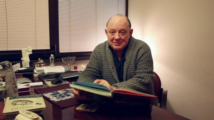 Владимир Юматов читает сказку Р. Киплинга «Отчего у верблюда горб» Владиславу П.