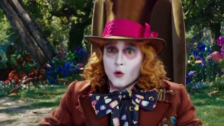 """Смотрите расширенный трейлер к новому фильму """"Алиса в Зазеркалье""""! Яркий и ошеломительно красивый мир ждёт вас в кино уже с 26 мая!"""