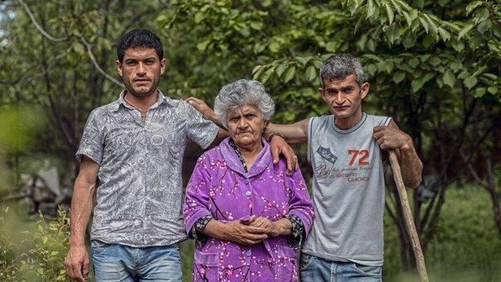 Халапяны из Талыша на второй день после приезда в Арзни начали обрабатывать землю