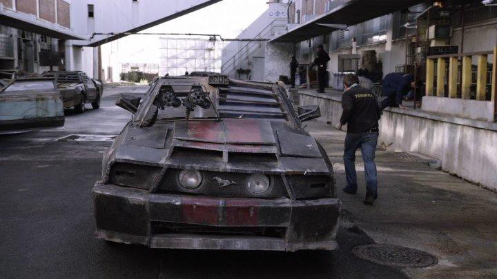 Смертельная гонка 2: Франкенштейн жив (2010) смотреть онлайн (фантастика, боевик, триллер)