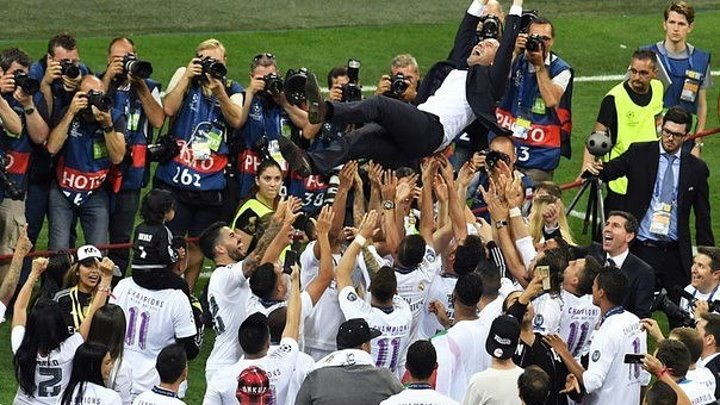 Лучшие комбинации и контратаки Реал Мадрида под руководством Зинедина Зидана.