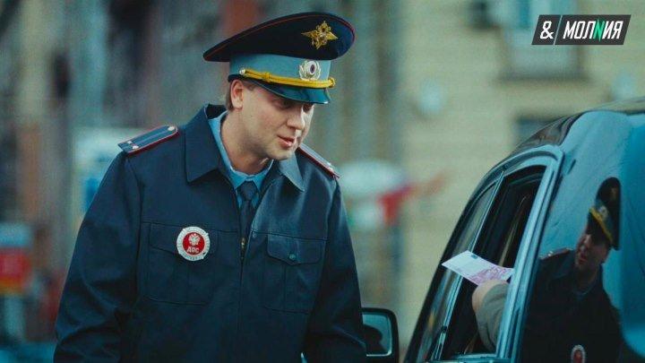 Честный ГИБДД-шник остановил пьяного полицейского за рулем
