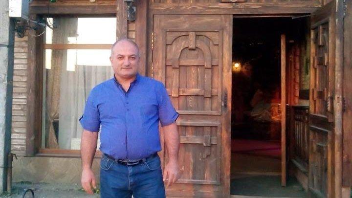 Hayko Andrikyan - sirum em qez