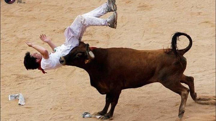 Жесть! Самые жуткие атаки быков