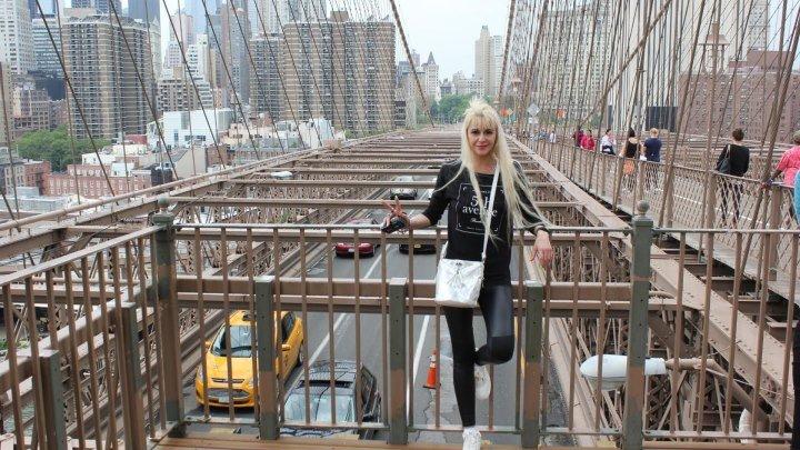 USA. NEW YORK. MANHATTAN. BROOKLYN BRIDGE 25.05.2016.