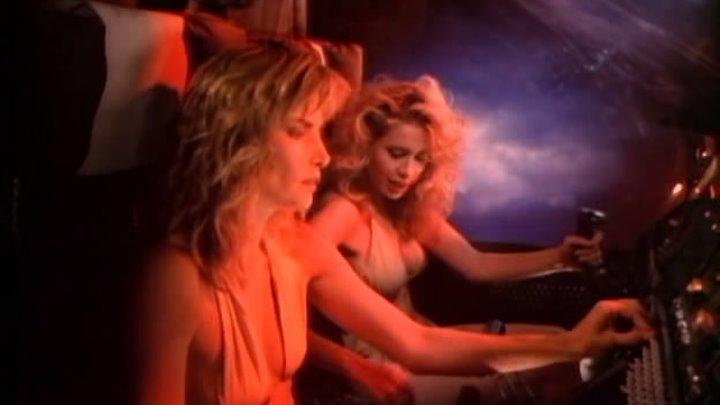 Девушки рабыни из бесконечности / Slave Girls from beyond Infinity (1987) Комедия ,Боевик ,Приключения ,Фантастика