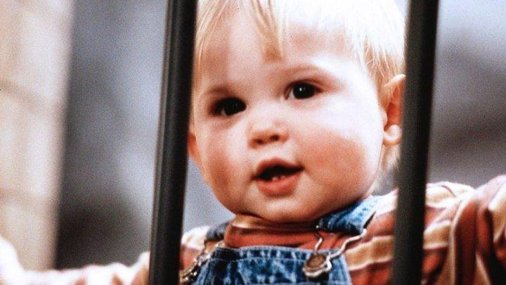 Младенец на прогулке, или Ползком от гангстеров 1994 (комедия)