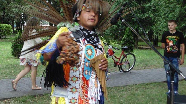 индейцы племени навахо Кобрин 2016