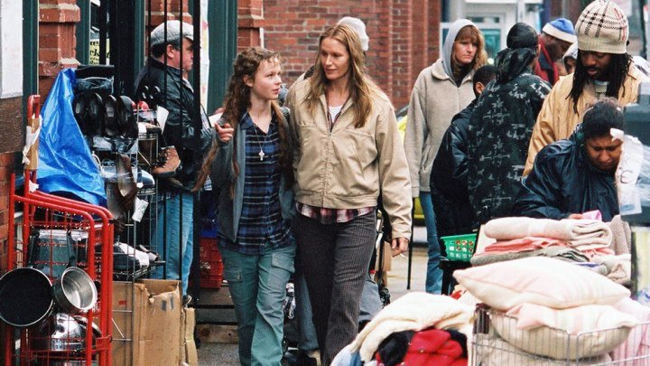 Гарвардский бомж / Homeless to Harvard: The Liz Murray Story (2003: драма, биография)