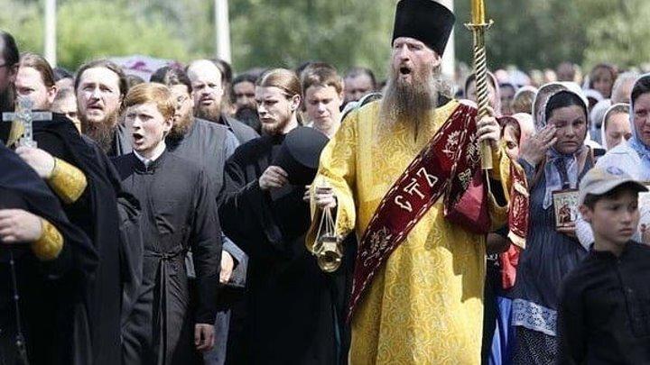 Крестный ход в Киеве! Восточная и западная части объединились на Хрещатике!