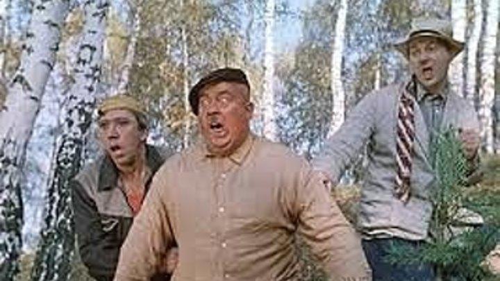 Пес Барбос и необычный кросс / Самогонщики ( 1961) Страна: СССР