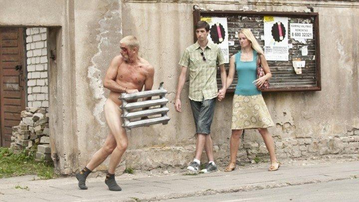 Занесло (2014)Боевик, Комедия. Внимание, присутствует не нормативная лексика!