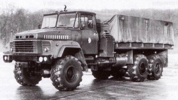 Автомобиль КрАЗ 260 по бездорожью Кременчуг Архив 1982 год
