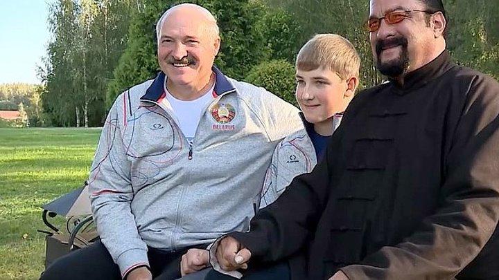 Сигал в гостях у Лукашенко .