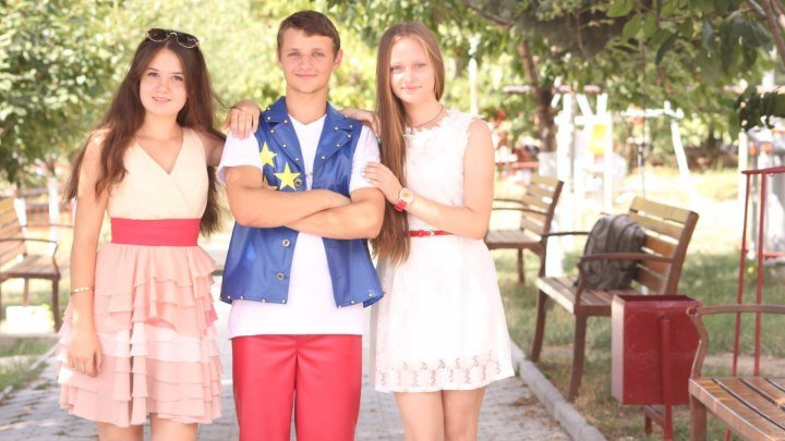 дима -илона-алина_роза белая , роза алая