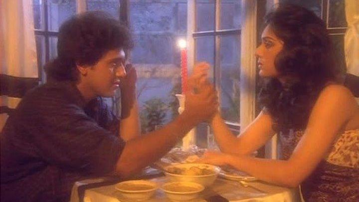 Скитания   Awaargi  1990   Анил Капур, Минакши Шешадри, Говинда