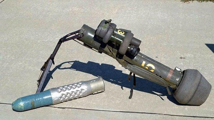 M47 Dragon — американский переносной противотанковый ракетный комплекс. Предназначен для уничтожения бронетехники и защищенных объектов (типа бункер, дот, дзот) и вертолётов.