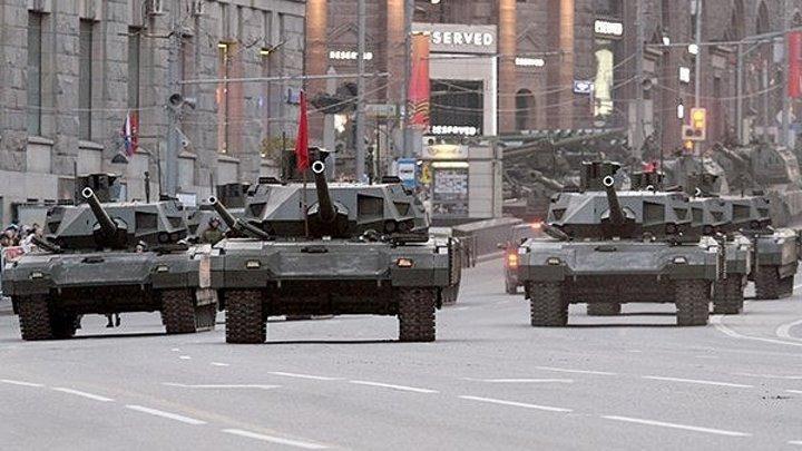 Танк Т-14 АРМАТА в действии.